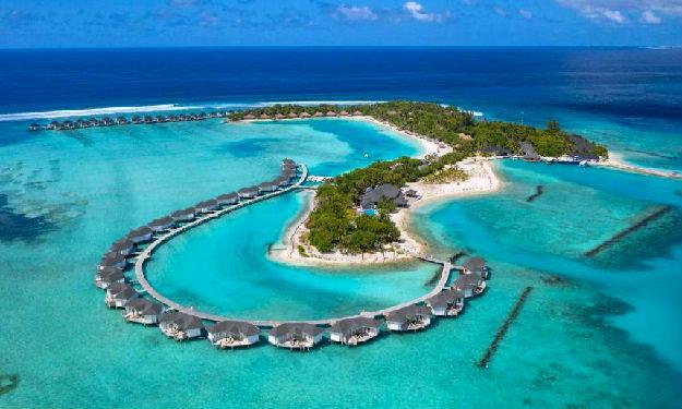maldives hotels and resorts travels and tours maldives. Black Bedroom Furniture Sets. Home Design Ideas